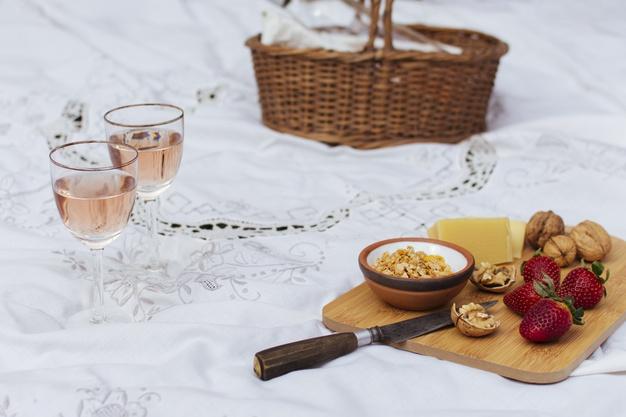 rose og picnic
